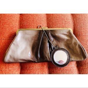 🌼NewToCloset- Super Cute Marciano handbag